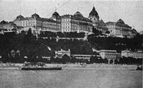 view of the Royal Palace, WW1 era